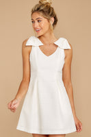A-line V-neck Princess Seams Waistline Short Pleated Pocketed Hidden Back Zipper Dress With a Bow(s)