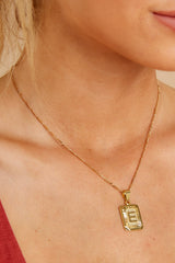 Initial Card E Gold Necklace