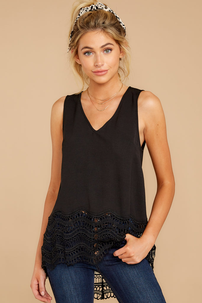 1 Fashion Classification Black Top at reddress.com