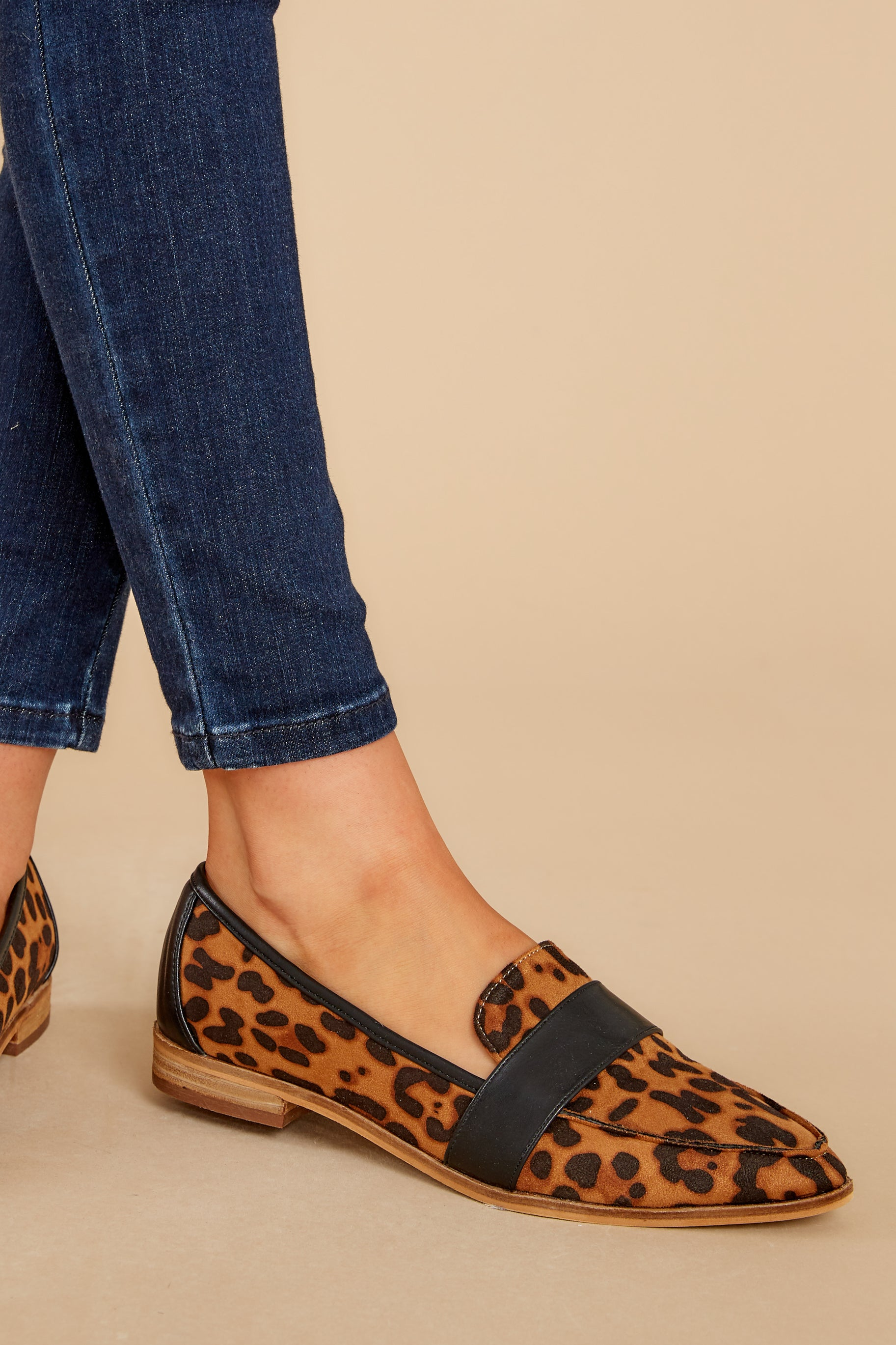 1 Second Glances Leopard Loafers at reddress.com