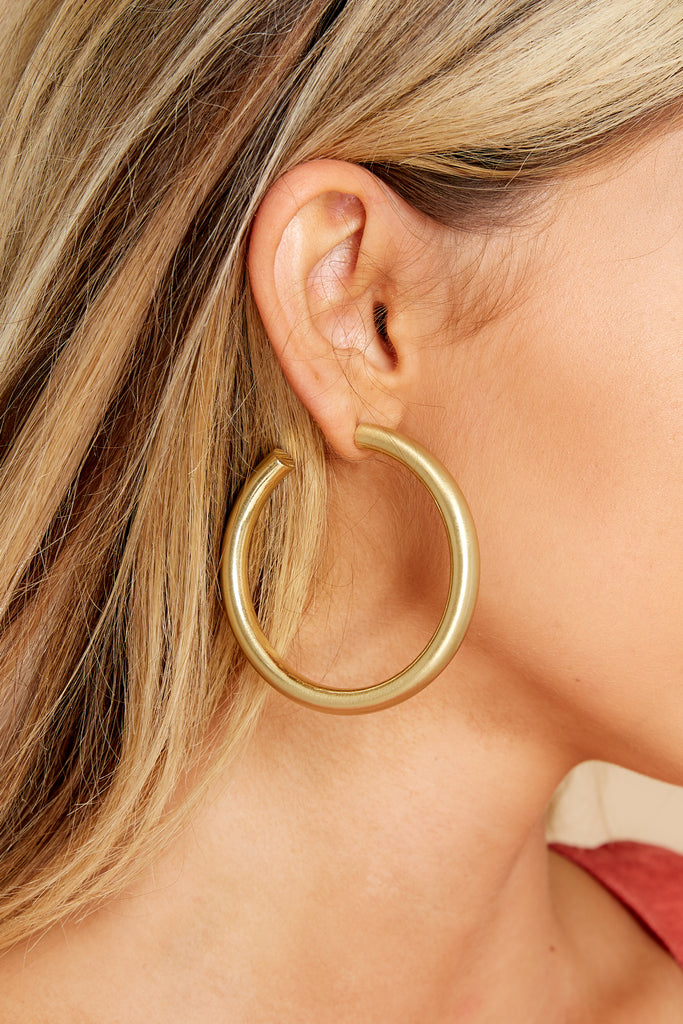 1 She's The Hunter Gold Hoop Earrings at reddress.com
