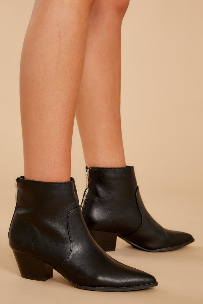 1 Hey Girl Black Boots at reddressboutique.com