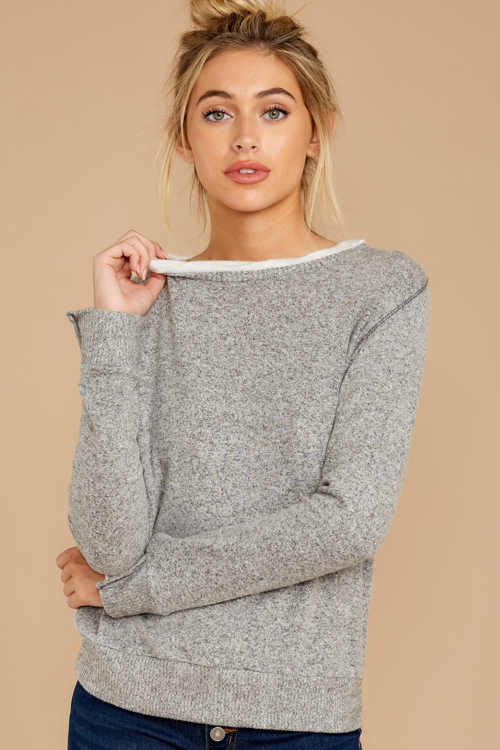 6 Casually Planning Heather Grey Top at reddress.com