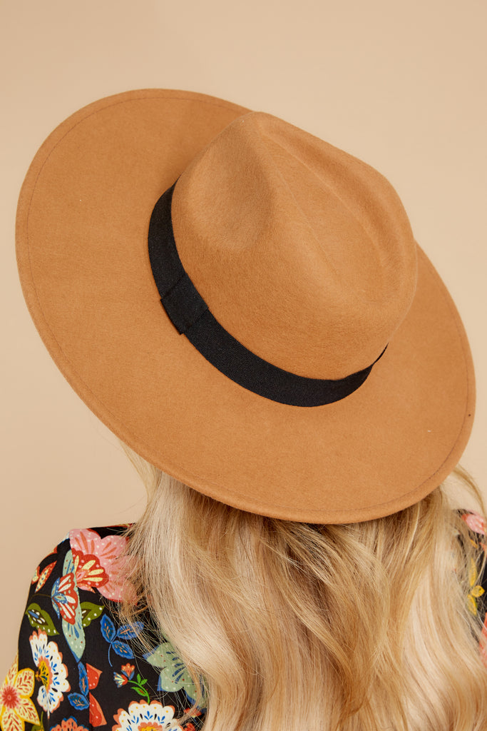 1 Hide And Seek Light Camel Wide Brimmed Hat at reddress.com