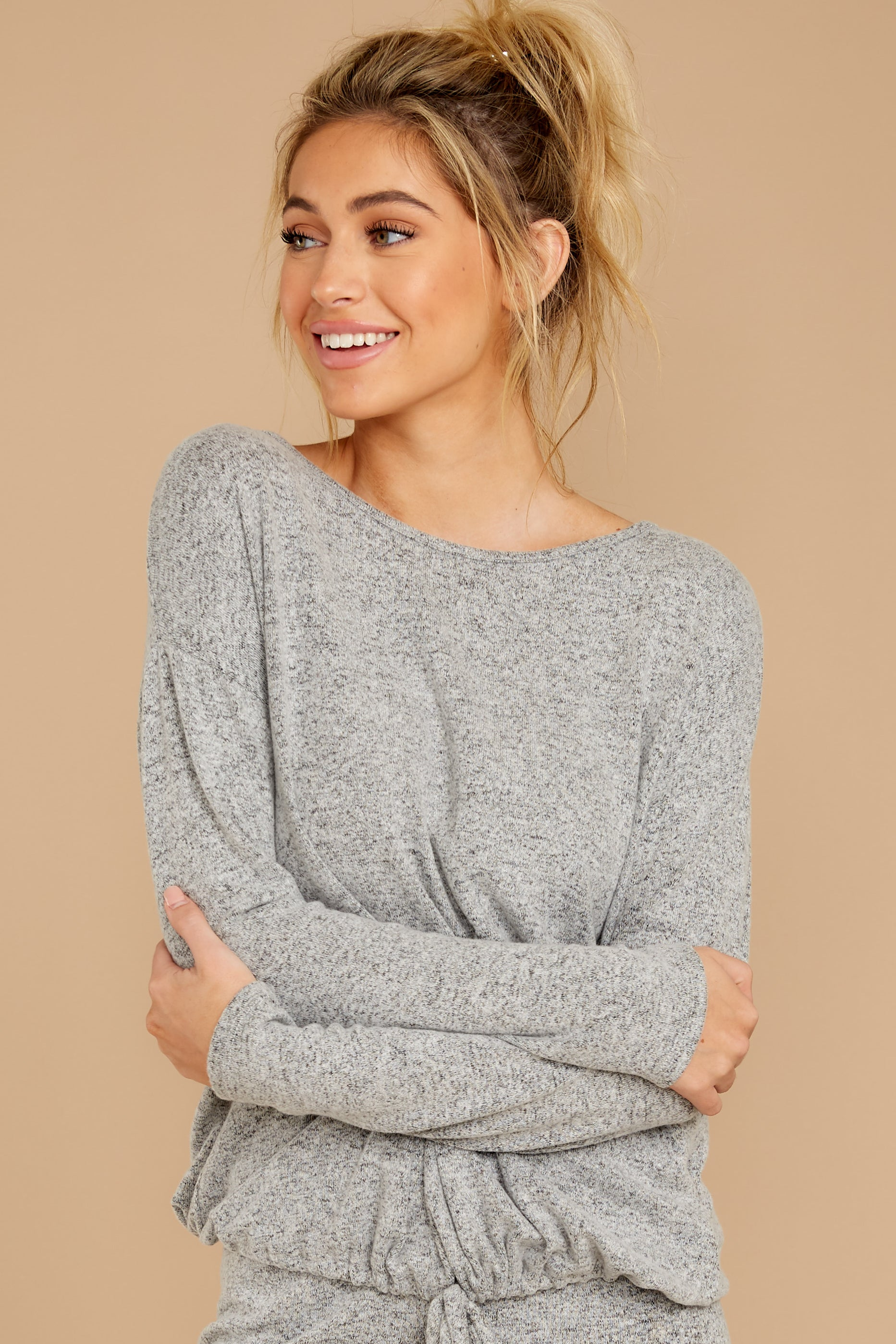 7 Escape To Comfort Heather Grey Pullover at reddress.com