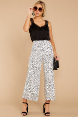 5 On The Lookout White Cheetah Print Pants at reddress.com