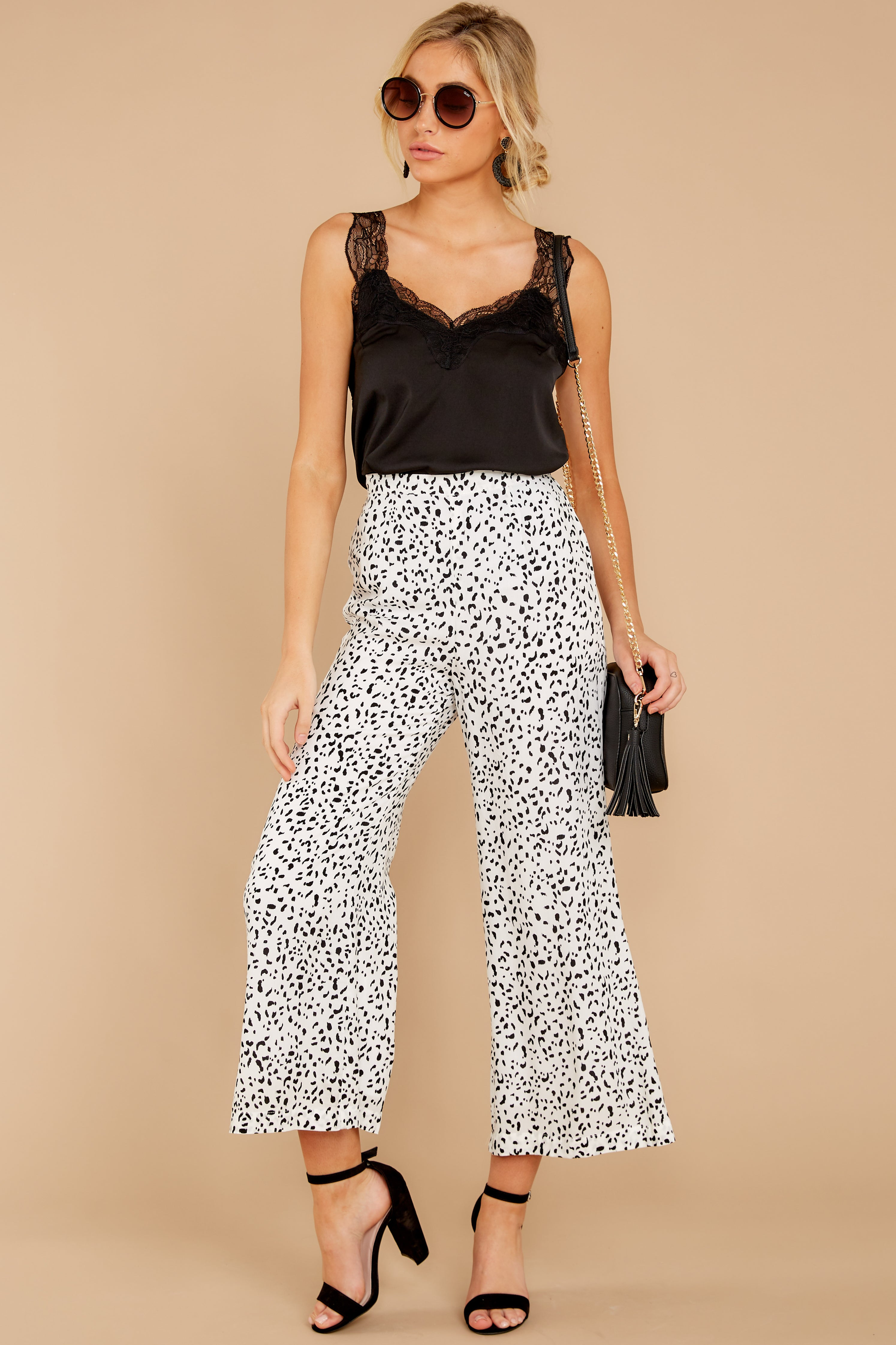 6 On The Lookout White Cheetah Print Pants at reddress.com