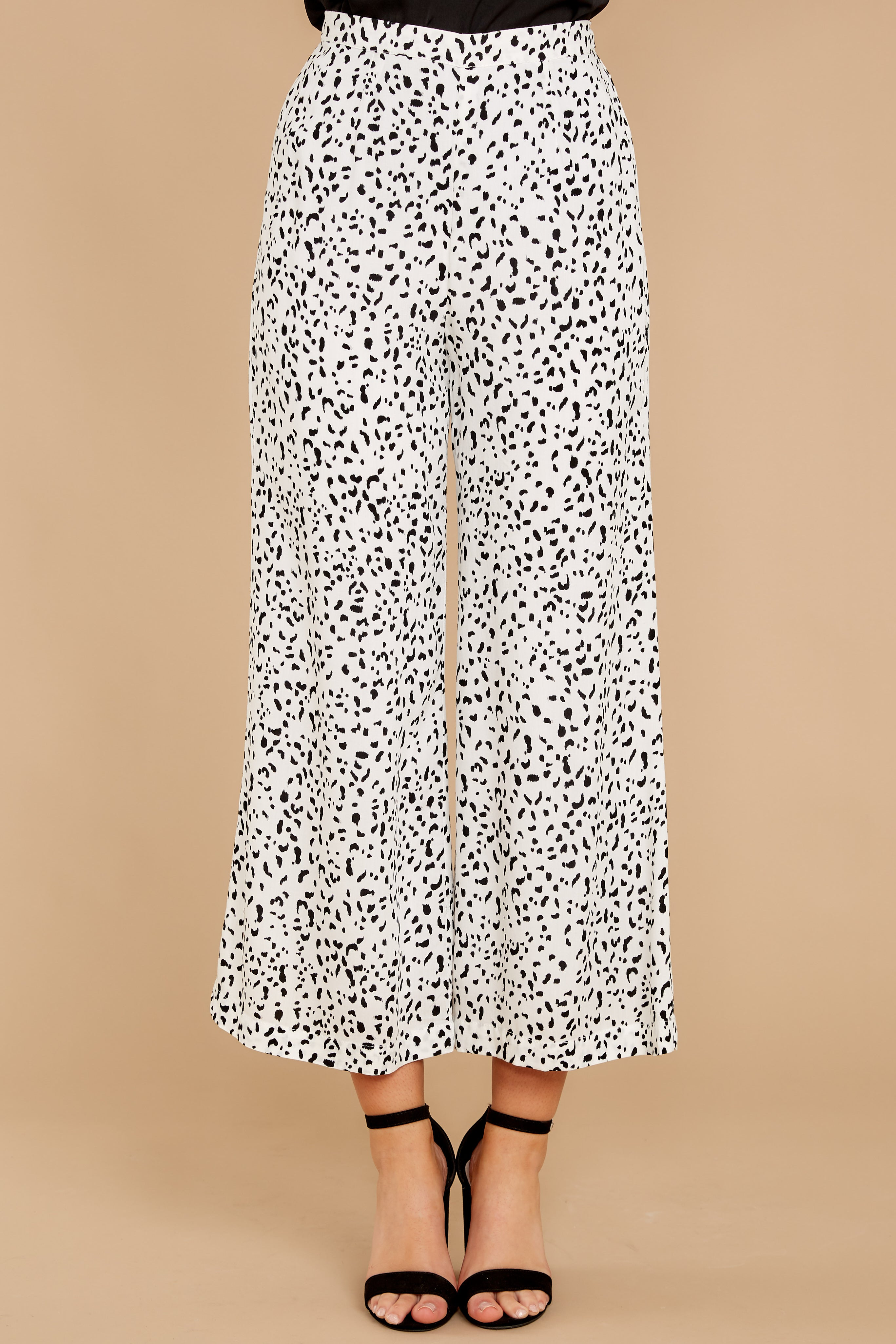 3 On The Lookout White Cheetah Print Pants at reddress.com