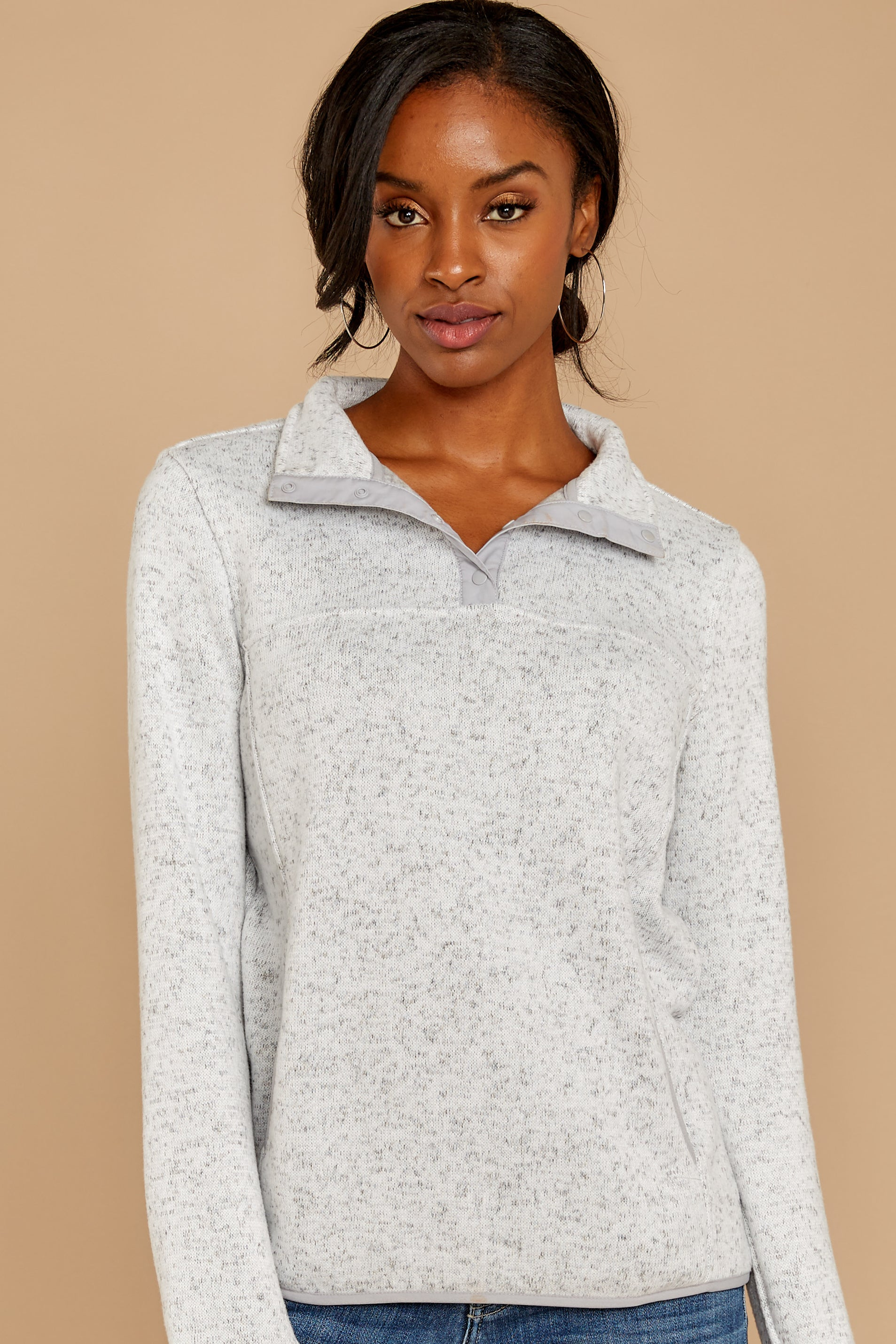 7 Weekend Getaway Heather Ivory Pullover at reddress.com