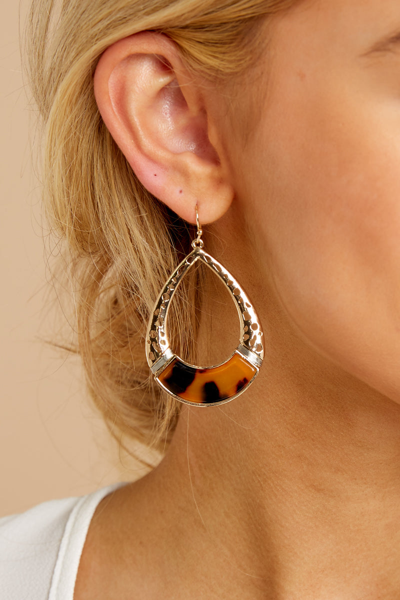 1 Song For Tomorrow Gold And Tortoise Earrings at reddressboutique.com