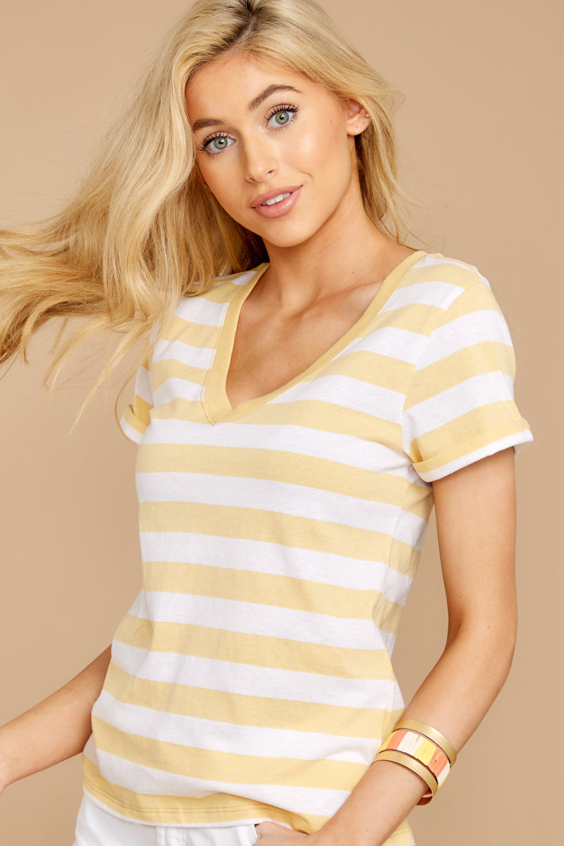 4 The Sienna V-Neck Tee In Yellow Cream at reddressboutique.com