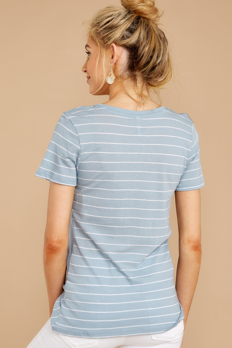 The Lucca Twist Front Crew Tee In Dusty Blue