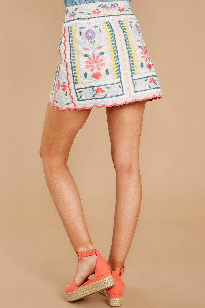 3 The Rational Choice White Embroidered Floral Skirt at reddress.com