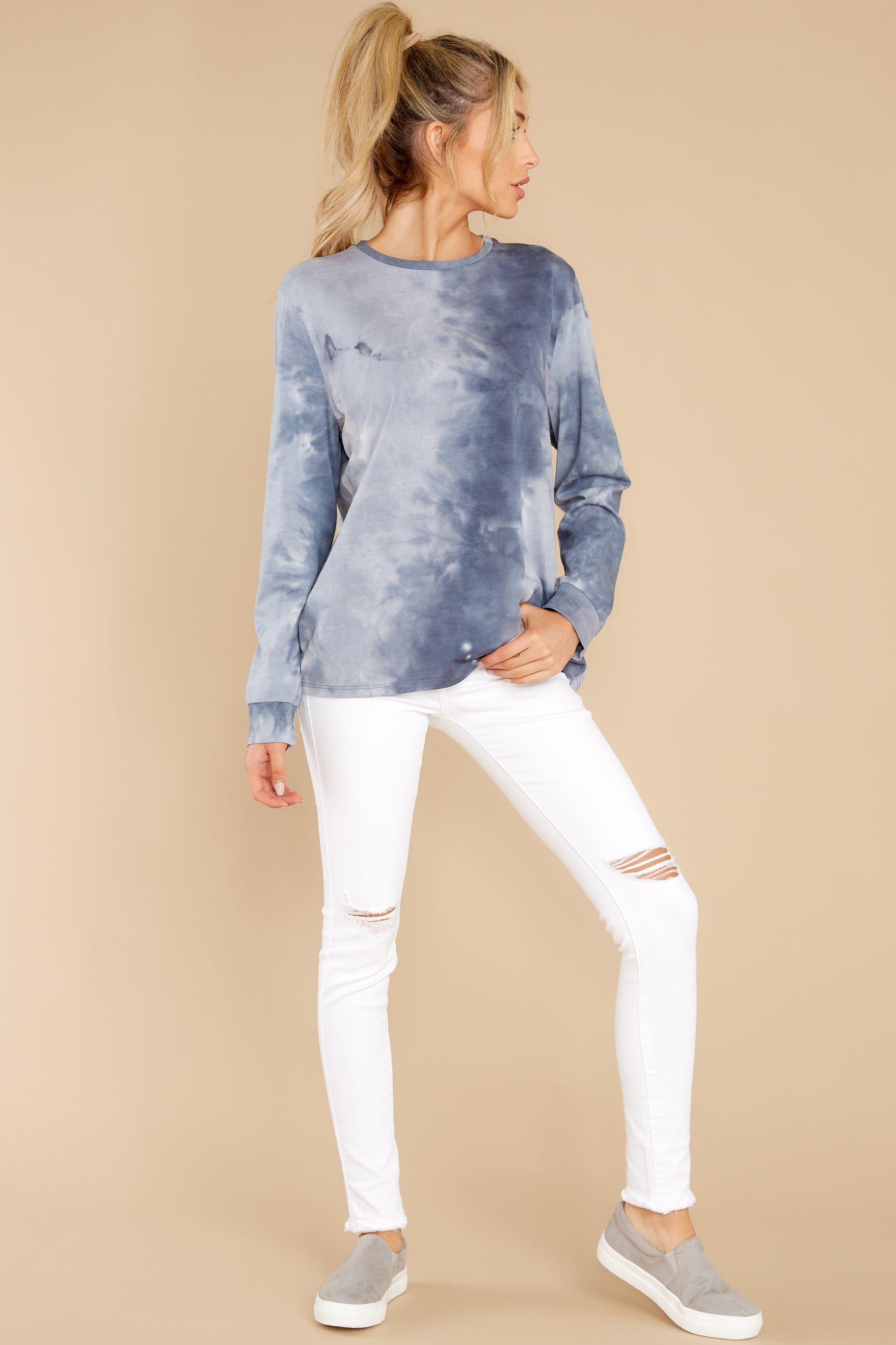 6 On Your Mind Slate Blue Tie Dye Top at reddress.com