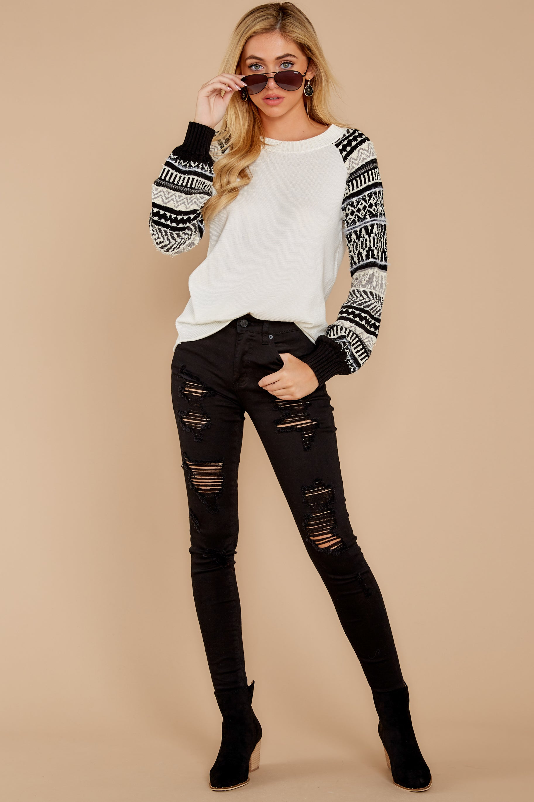 1 Never Settle Black And White Sweater at reddressboutique.com