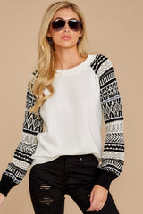 6 Never Settle Black And White Sweater at reddress.com
