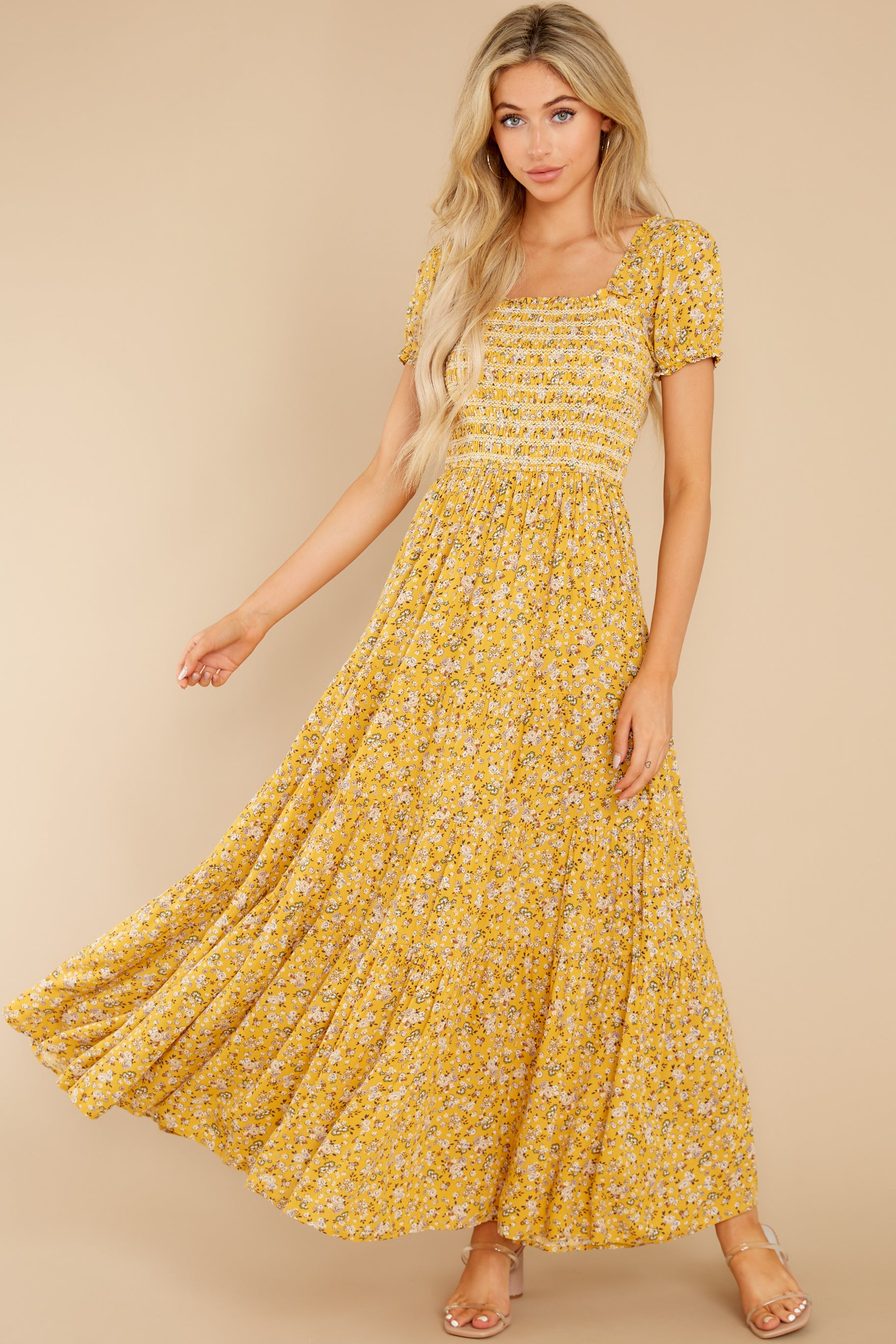 70s Dresses – Disco Dress, Hippie Dress, Wrap Dress Tagalongs Yellow Floral Print Maxi Dress $64.00 AT vintagedancer.com