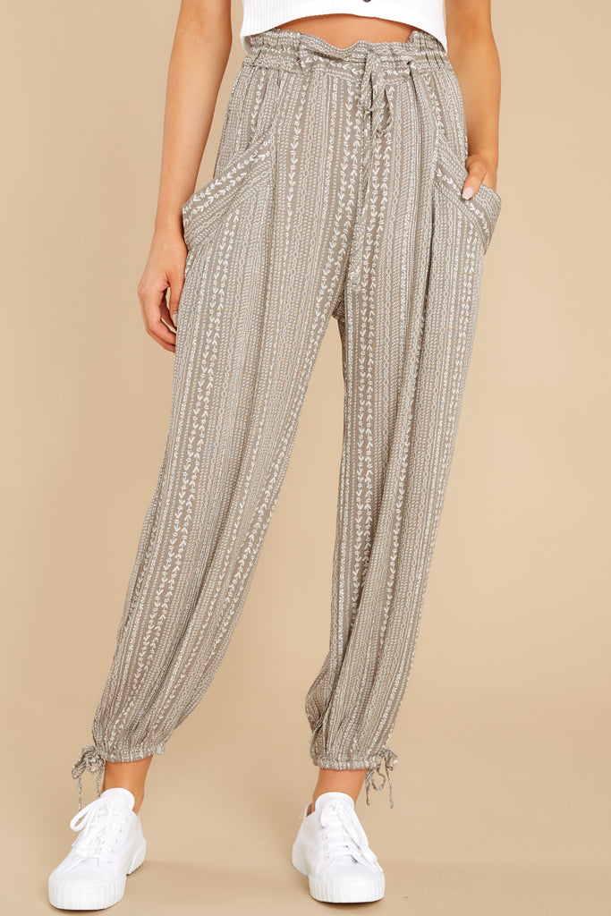 1 Coming Home Mocha Pants at reddress.com