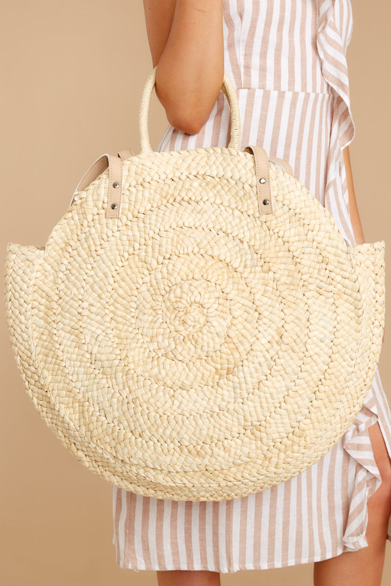 1 Beach Ready Ivory Round Bag at reddressboutique.com
