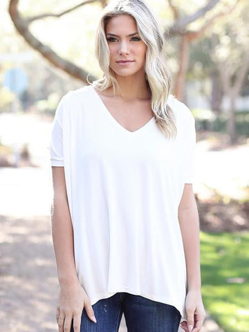 White Short Sleeve V-Neck Piko