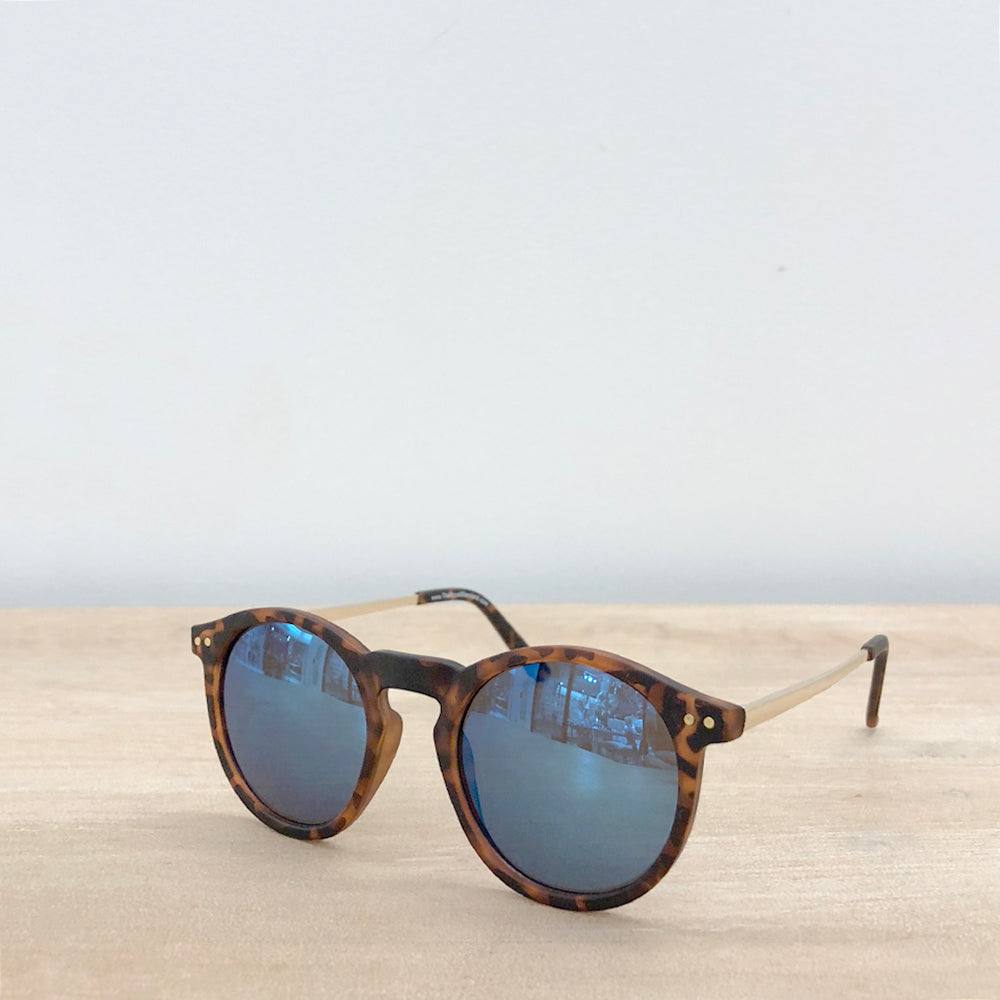 Solana Sunglasses in Blue Mirror - Creek & Co