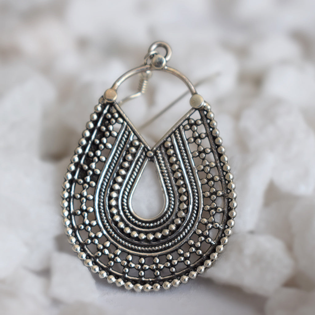 Vivaan Hooped Earrings