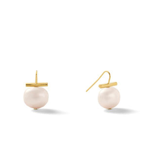 Classic Medium Pebble Pearl Earrings in Opal – Catherine Canino's most universal size and it's Catherine's personal fave, this option is a delicate pink hue