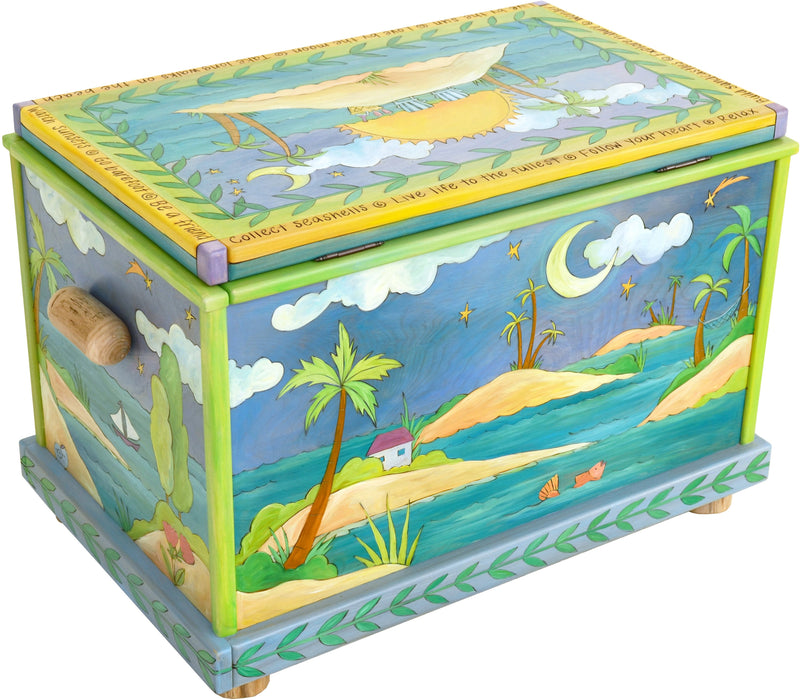 Chest –  Island themed chest with sunny beach motif