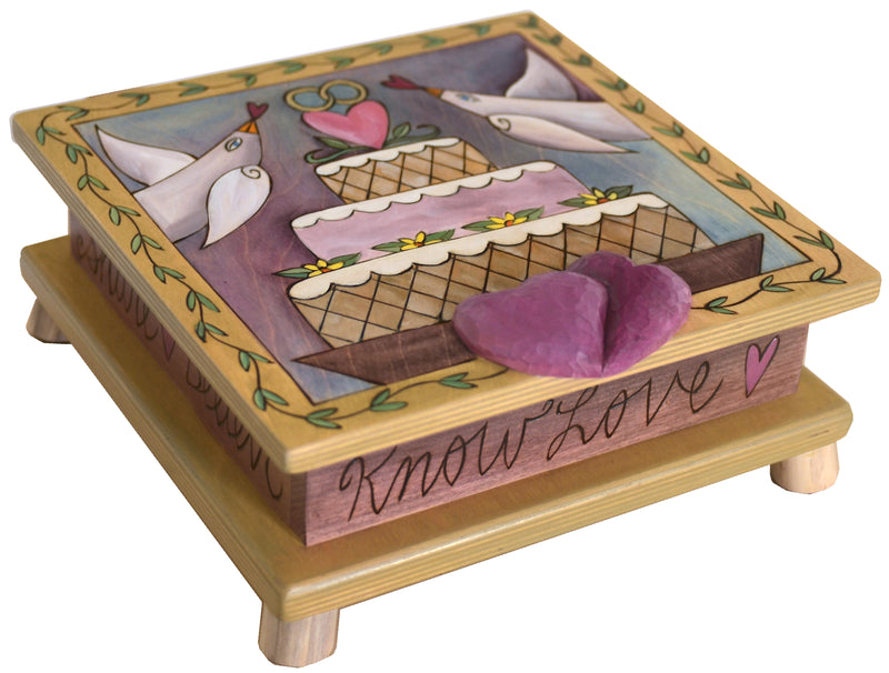 Keepsake Box – Beautiful love themed box design perfect for a wedding or anniversary gift