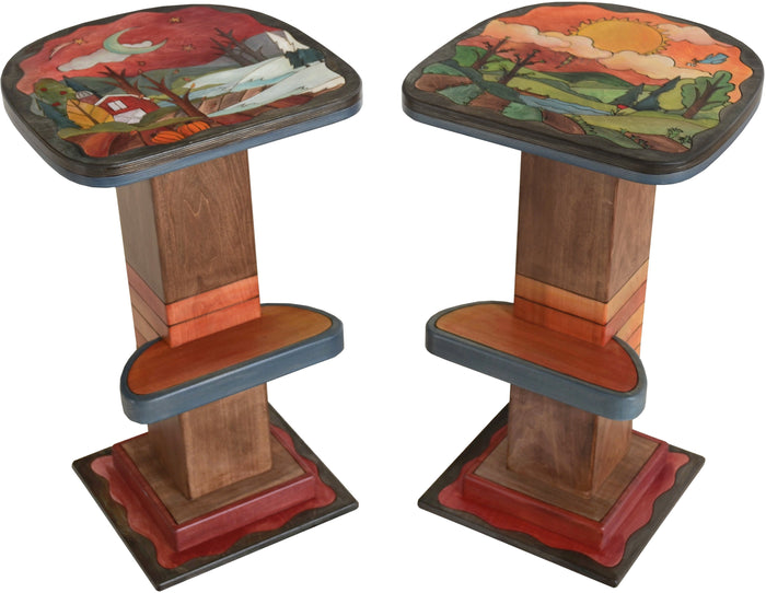 Swiveling Stool Set