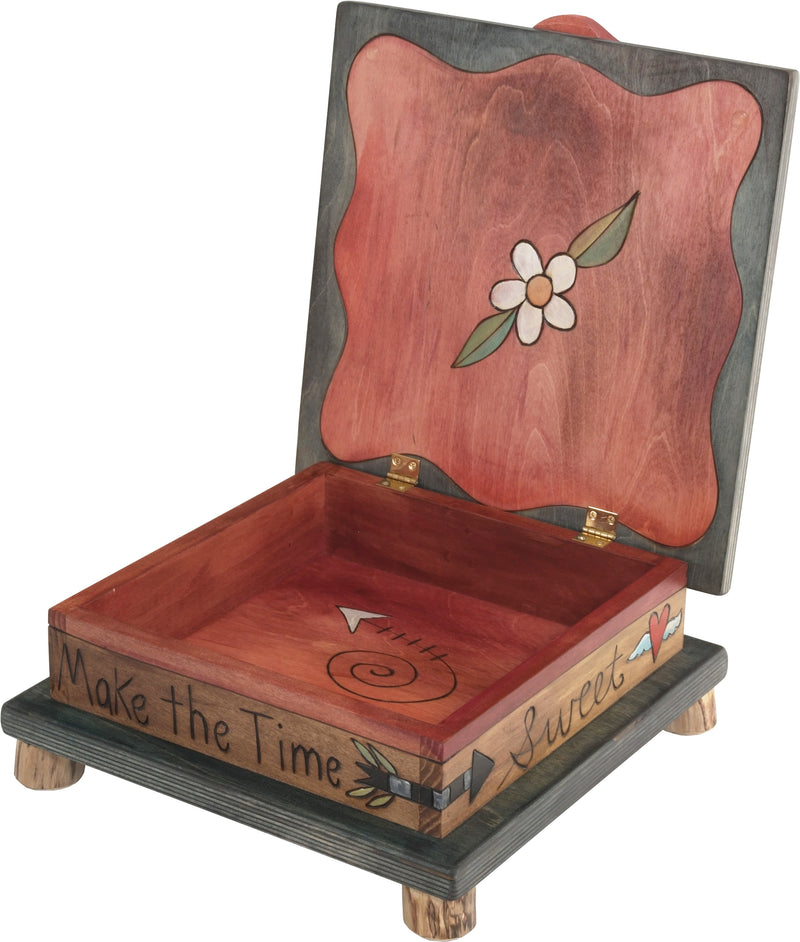 Keepsake Box – Landscape and tree of life within a heart and vine design