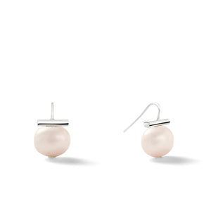Sterling Medium Pebble Pearl Earrings in Opal – Catherine Canino's most universal size and it's Catherine's personal fave, this selection is a soft pink tone