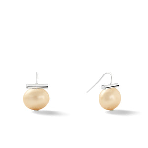 Sterling Medium Pebble Pearl Earrings in Honey – Catherine Canino's most universal size and it's Catherine's personal fave, this selection is a subtle honey color