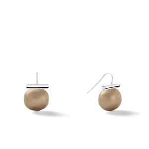 Sterling Medium Pebble Pearl Earrings in Tobacco – Catherine Canino's most universal size and it's Catherine's personal fave, shown here as a lovely brown color