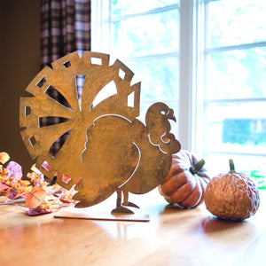 Turkey Lurkey Sculpture – Rust patina turkey would make the perfect addition to your home's autumn decor and a centerpiece on Thanksgiving main view