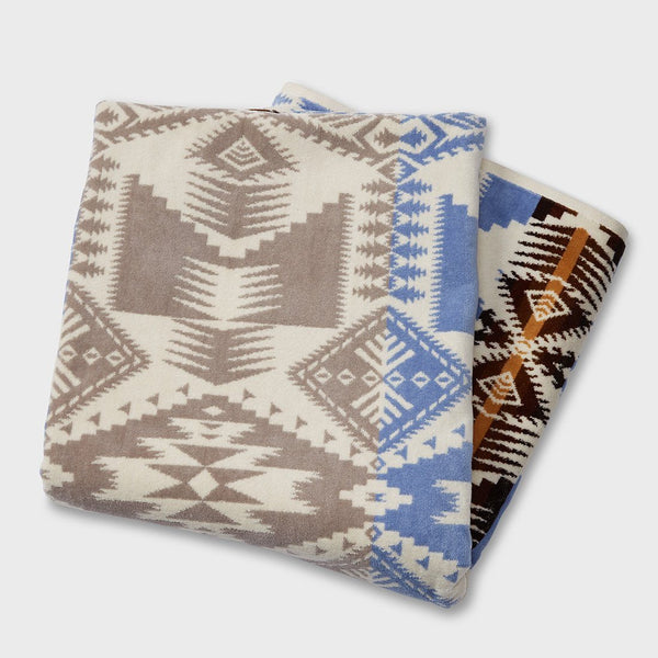 product: Pendleton Oversized Jacquard Towel Silver Bark