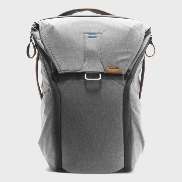 product: Peak Design Everyday Backpack 20L Ash