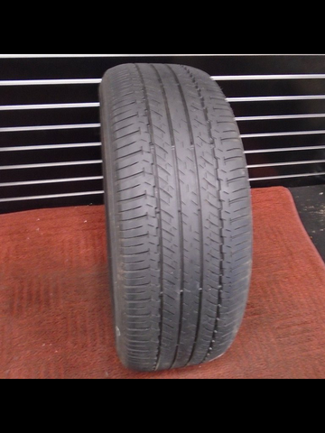 Bridgestone Dueler H/L 422 - Used Tire 4/32 Tread 245/55R19