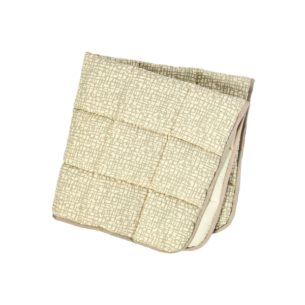 QUILTED BLANKETS MESH