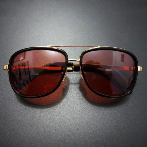 TONY STARK AVENGERS IRON MAN 3 DESIGNER SUNGLASSES RED LENSES GOLD BLACK FRAME