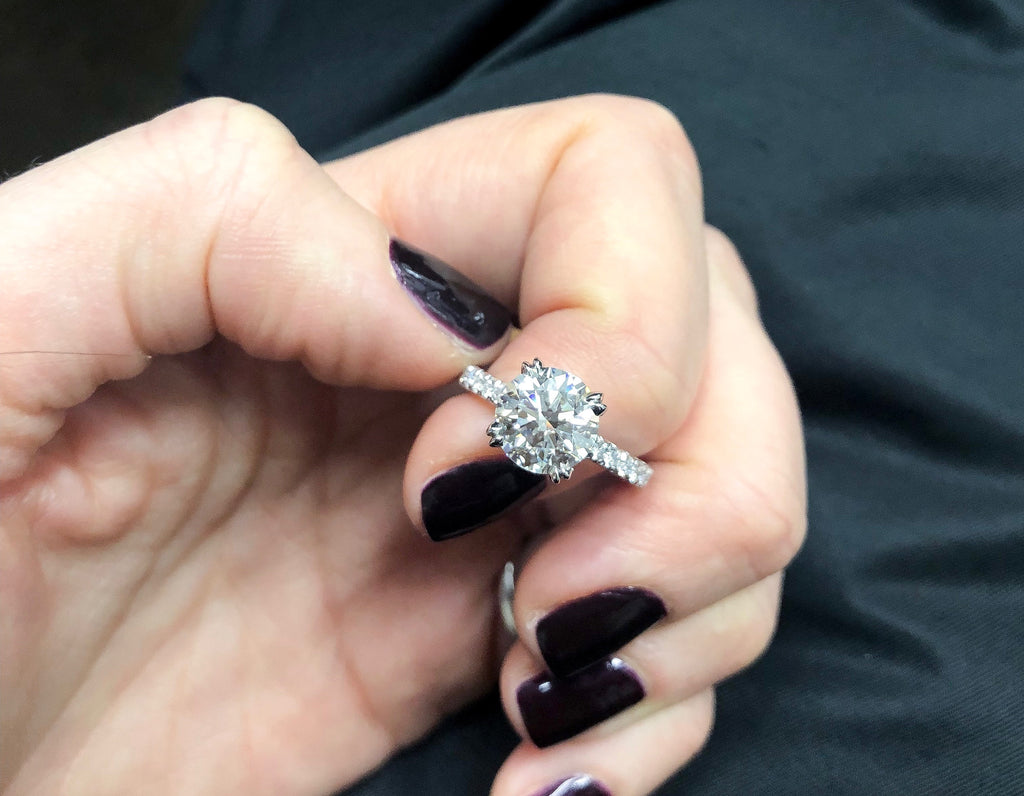 Solitaire Diamond with double prongs Engagement Ring