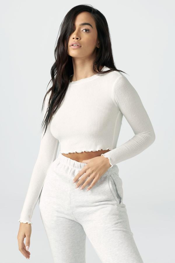 Scallop Crew Long Sleeve in Ivory Rib Knit