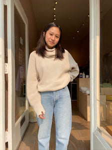 Hadley Turtleneck Sweater in Dove