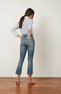 The Darcy Hi Rise Crop Med Wash