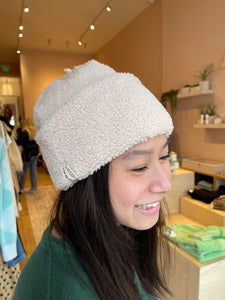 Mini Sherpa Beanie in Creme
