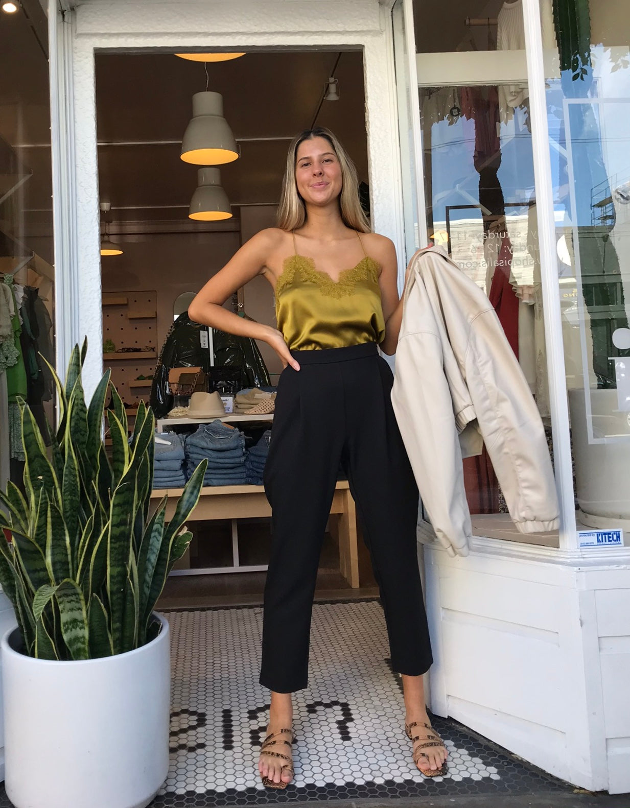 Lima Cropped Trousers