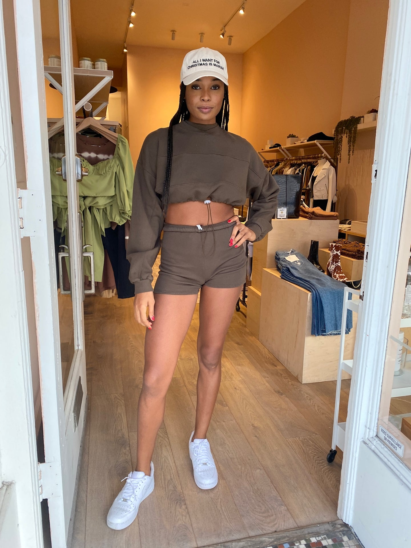 Fitted Sweat Short in Army French Terry