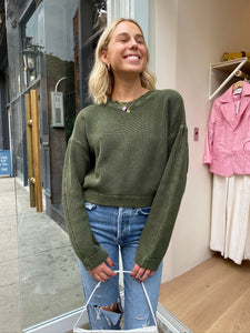 Frances Cropped Sweater in Blackened Olive