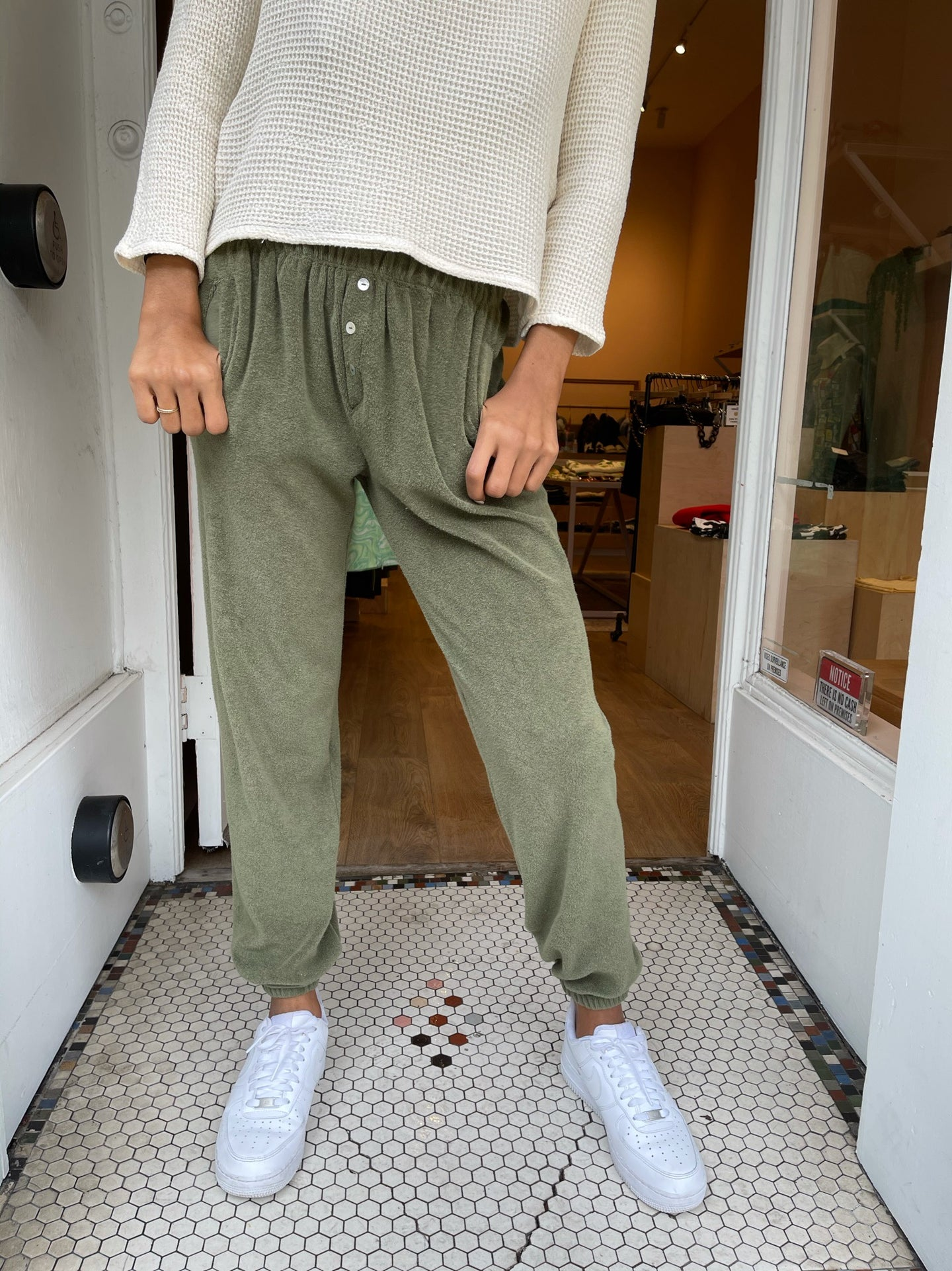 Terry Henley Sweatpant in Moss