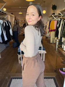 Classic Turtleneck in Taupe Rib